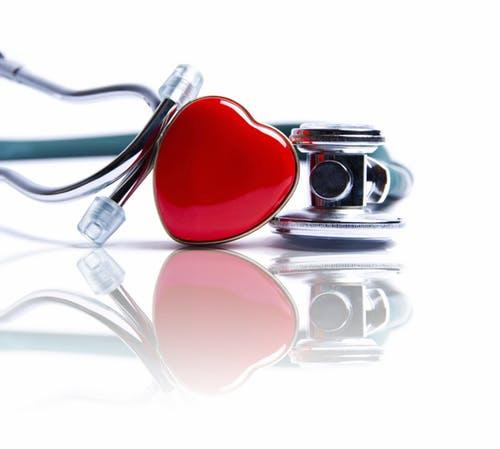 كيف تستخدم المنشطات الجنسية مع أدوية القلب؟