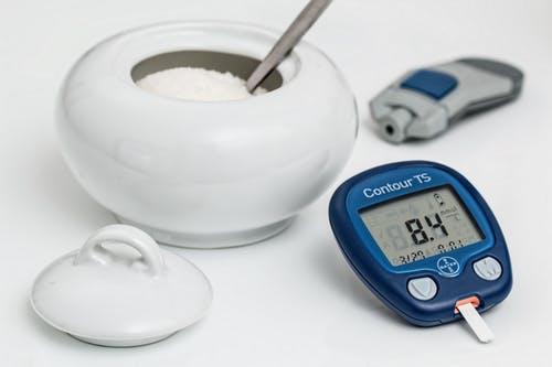 نصائح سريعة لمريض السكر (كل ولا تأكل)
